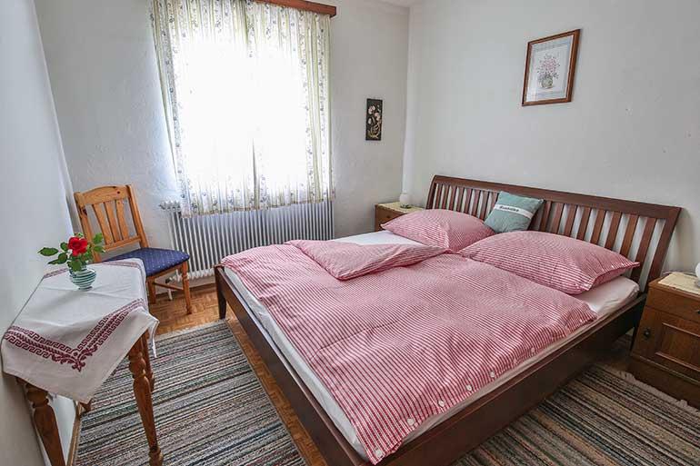 Doppelzimmer-Henne